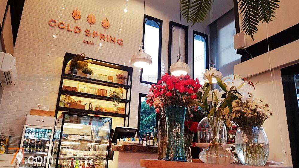 Cold Spring Café