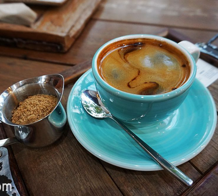 Bluetamp – Specialty Coffee & All Day Brunch